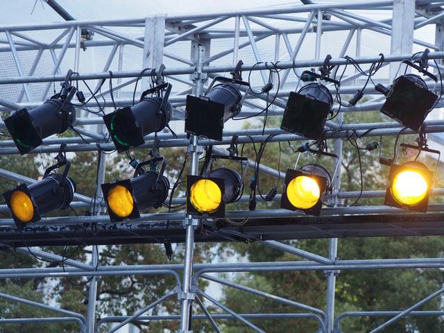 イベント・ステージの足場設営